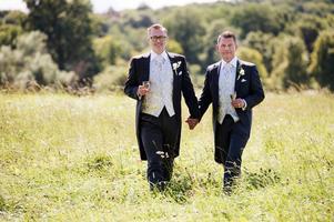 Tony Irving och Alexander Skiöldsparr Irving på sin bröllopsdag 2015.