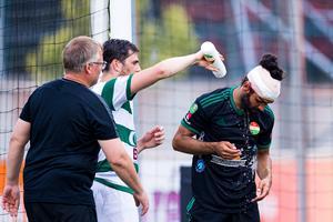 Dalkurds Peshraw Azizi fick ett rejält hack i huvudet och tvingades sy efter matchen.