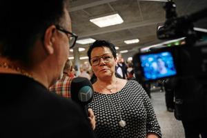 Viss medievana. Här blir Katarina Hägg intervjuad av Hasse Tavér på ÖA/Allehanda. Arkivbild