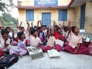 En kvällsskola i byn Thiruvakkarai.                                                                                                        Foto: Erica Eriksson
