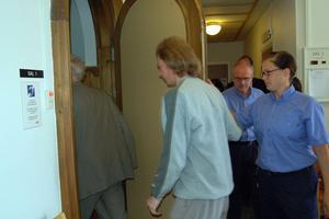 Ulf Borgström blev under tisdagen den 8 maj åtalad för flera brott bland annat två fall av grov mordbrand. Han sitter häktad. Rättegången planeras att starta den 22 maj.