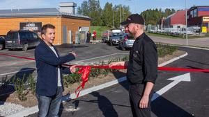 Kommunalråd Marino Wallsten (S) var på plats för att klippa bandet vid invigningen.