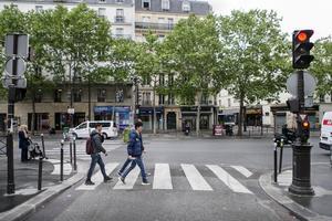 Att leva som hemlös i Paris var betydligt tuffare än vad Jamal och Hassan trodde innan de begav sig av på sin flykt från Sverige.