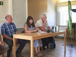 Mellanskogs ordförande Karin Perers och vd Sture Karlsson, till höger i bild.