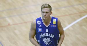 Adam Rönnqvist blev under måndagen presenterad som nyförvärv i Wetterbygden.