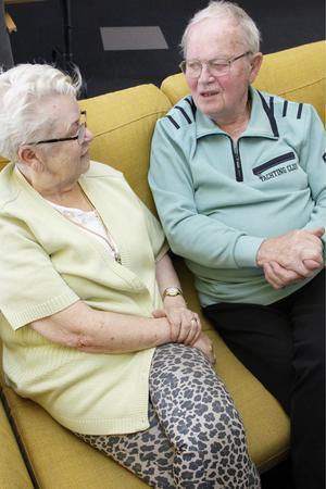 Makarna Lindström har hållit ihop sedan 1955, och varit gifta sedan 1959 – deras bästa råd till andra som gifter sig är att ha ett gemensamt mål att jobba mot.