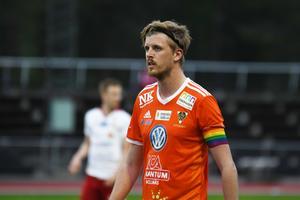 Viktor Roos har hittat målformen som forward igen – Bollnäs lagkapten har noterat tio mål under vårsäsongen.
