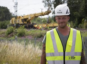 Tomas Rosén är arbetsledare för järnvägsrälsbytet.