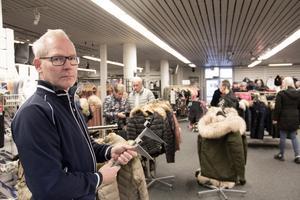 Johan Hoffstedt har flyttat från Köping och bosatt sig på en gård i Smedstorp.