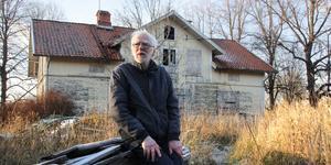 Torgny Östlund växte upp på Salaborg. Nu berättar han om sina minnen från gården.