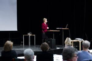 Konferensen i Hudiksvall är betydelsefull för dessa frågor lokalt, anser Maria Larsson (KD) Barn- och äldreminister.