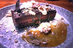 Krogpatrullen gillar choklad och blir barnsligt förtjust i den maffiga Pont Neuf.