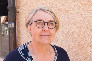 Vård- och omsorgsnämndens ordförande i Sala, centerpartisten Elisabet Pettersson, är ansvarig för utbetalningarna av försörjningsstöd.