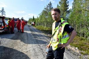 Peter Bäcke, räddningschef i beredskap rekvirererade snabbt en helikopter.