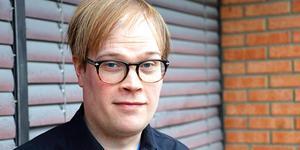 Stefan Jansson jobbar som teaterpedagog, estradör och regissör och är bosatt i Lindesberg. Sedan augusti 2013 har Stefan skrivit som NA-bloggare.