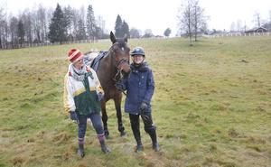 Fälttävlan med häst ger den där extra utmaningen som många ryttare vill ha konstaterar Ankki och Anna.