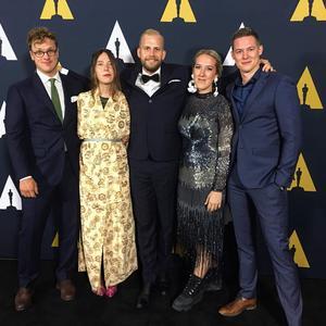 Från vänster: Axel Nygren (manus) Amanda Högberg (manus) Jonatan Etzler (regi) Nea Asphäll (fotograf) Johan Lundström (producent).