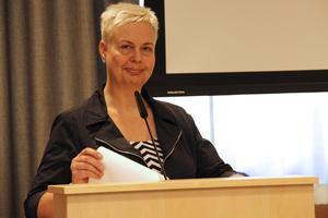 Sjuktalen går ner, men det tillkommer många nya sjuk- och rehabärenden, konstaterar Maria Carlgren, HR-chef i Ljusdal.