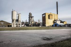 Kraton Chemical i Sandarne har högst genomsnittlöner bland Hälsinglands större företag. Åtminstone om man räknar med ob-tillägg och andra ersättningar.