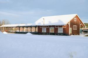 Godsmagasinet byggdes för drygt 100 år sedan när järnvägstrafiken blomstrade i Vansbro.