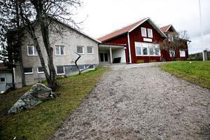 Toftaskolan och Liljansskolan i Svärdsjö kan läggas ner när Falu kommun ska spara 100 miljoner.