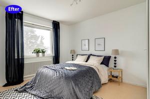 EFTER: Med möbler, matta och gardiner och en vackert bäddad säng känns det genast som ett hem. Och då tänker man knappt ens på den lite småtrista linoleummattan. Foto: Länsförsäkringars fastighetsförmedling