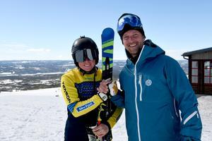 Skicrossdrottningen Sandra Näslund och TV-producenten  Mathias Stering i samband med inspelningen av höstens programserie Duellen på Idre Fjäll.