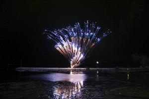 Det tysta fyrverkeriet på nyårsafton i fjol dränktes av alla vanliga fyrverkerier. Nu hoppas Håkan Rosén att måndagskvällens fyrverkeri kan genomföras utan störningar.
