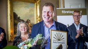 Efter vinsten i Fjällräven Center fortsatte framgångarna för Leif Lundgren, som utsågs till Årets företagare i Västernorrland.