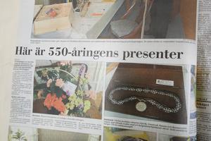 I Gefle Dagblad gick att läsa om de presenter som jubilaren fick av företag, kommuner och myndigheter. Utöver tavlor, och Gunnar Cyrénvaser fick  stadshuset motta en årsförbrukning grön el till ett värde av 22 000 kronor av Gävle Energi och Gästrike kraft.