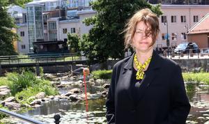 Katja Pettersson ställer frågor om människan och naturen.