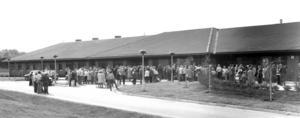 Många nyfikna besökare kom när det var öppet hus på Svenstaviks nya sjukhus 1977.