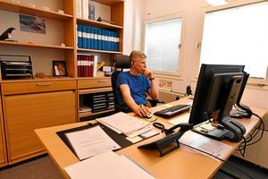 Hans Nylund, polis, på sitt kontor i Älvdalen.