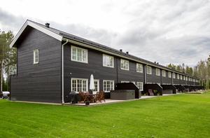 Bostadsrättsföreningen Skogsrundan i Garphyttan är sprillans ny och innehåller tio hushåll.