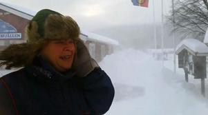 Det blåser rejält på Ljungdalsfjällen i västra Jämtland där Britt Ellénius befinner sig.