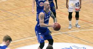 RT Guinn var bäste Jämtlandsspelare med 20 poäng, 7 returer och 3 assists.