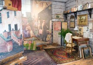 Konstnärsmiljö vid sekelskiftet. I fonden Karin Bergöös bild från professor Malmströms ateljé, en odaterad olja på duk.