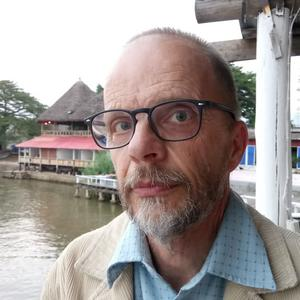 Sivert Edorsson, pastor, berättar att behovet är stort och det är många som söker Oasens stöd varje tisdag och torsdag.