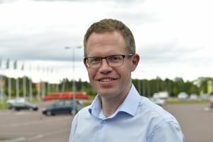 Jonas Källman byter nu kommunbudget mot uthyrning.
