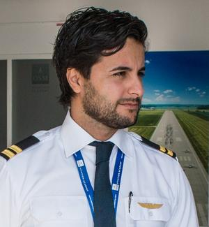 Sebastian Soltani, pilot och instruktör.