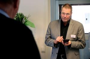 Mats Gustafsson konstaterar att det är lång väg kvar innan Ånge kommun har klättrat de hundra placeringar i rankningen som lovades till år 2021.