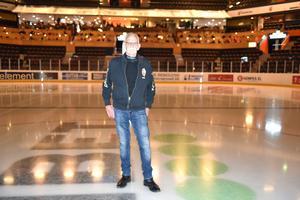 Först på plan på fredagen var mångårige volontären Kent Wågström.