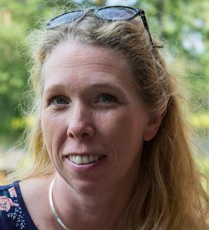 Erika Borbos är en av hundratalet hårkullor, och ordförande i Våmhus hembygdsförening.