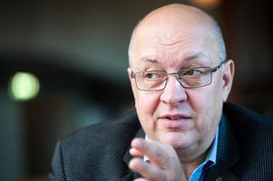 Moderaternas oppositionsråd Ulf Berg hoppas att kollektivtrafikens spararbete ska gå som planerat.