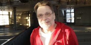Stefan Zsupos är präst i Hedebygdens församling.