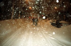 Ett vanligt snöväder brukar ge 10-15 cm snö på ett dygn. 1998 kom det ned närmare 140 cm snö på tre dygn.Foto: Lars Nyqvist