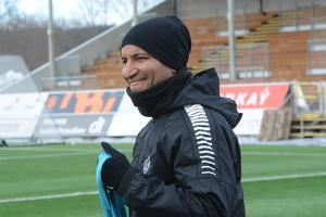 Klebér Saarenpää väljer att lufta sitt manskap i fredagens genrep mot Karlstad BK.