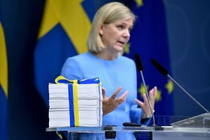 Finansminister Magdalena Andersson (S) presenterade 21/9 budgetpropositionen för 2021. Hade skattekvoten varit som 1999 hade budgeten haft 300 miljarder kronor mer. Foto: Jessica Gow / TT.