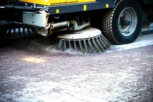Sandupptagningen har nyligen inletts vilket är betydligt senare än förra året.