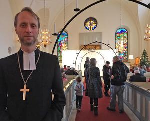 – Det finns verkligen kraft i byarna i Gagnef, tycker biskop Mikael Mogren.
